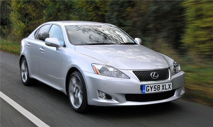 Lexus IS (11)